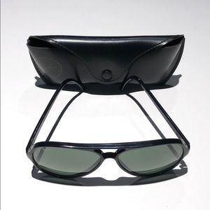 Ray-Ban Mens Black sunglasses